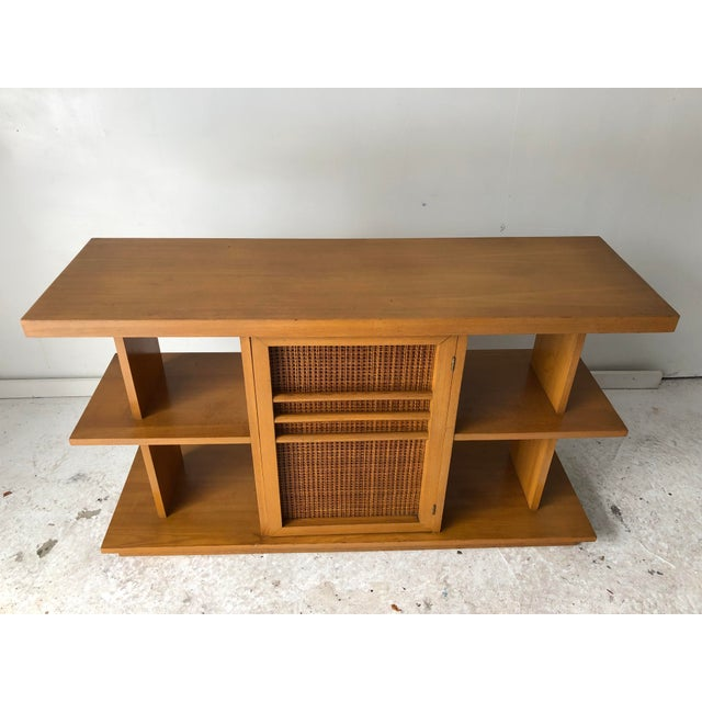 Midcentury Modern Low Sofa Table/ Console Table and Book Shelf, Maple hardwood in Excellent Condition. Apartment Size. We...