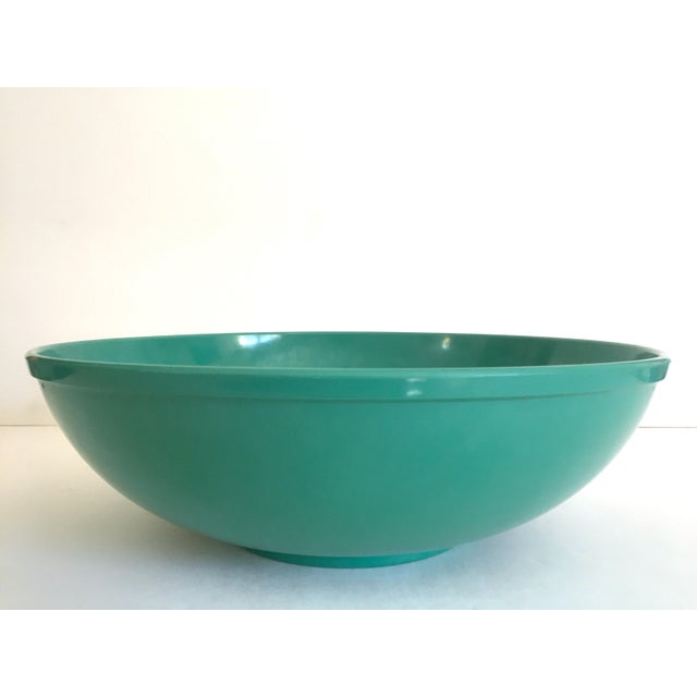 Various Artists Vintage Mid Century Modern Melmac Melamine Extra Large Teal Green Round Serving Bowl For Sale - Image 4 of 13