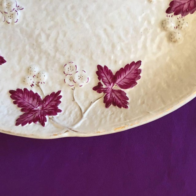 Late 19th Century Antique Chesapeake Pottery David Haynes Faience Majolica Raspberries Platter For Sale - Image 5 of 9