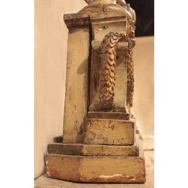 18th Century Italian Polychrome Wood Carvings of Flaming Urns on Faux Marble Pedestals For Sale In Dallas - Image 6 of 7