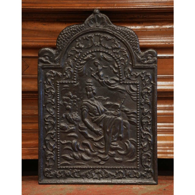 Black 19th Century French Louis XV Polished Iron Fire Back With Goddess and Dolphins For Sale - Image 8 of 8