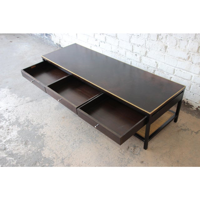"""Calvin Furniture Paul McCobb for Calvin """"Irwin Collection"""" Double-Sided Leather Top Coffee Table For Sale - Image 4 of 13"""