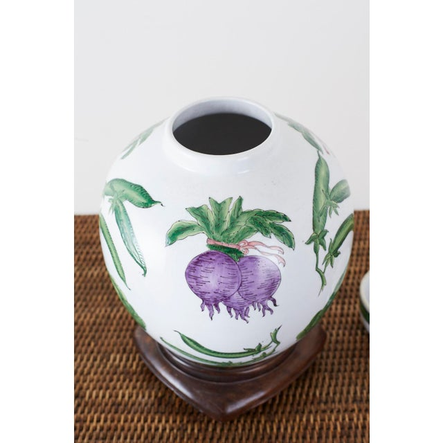 1970s Chinese Export Porcelain Lidded Ginger Jar on Stand For Sale - Image 5 of 13