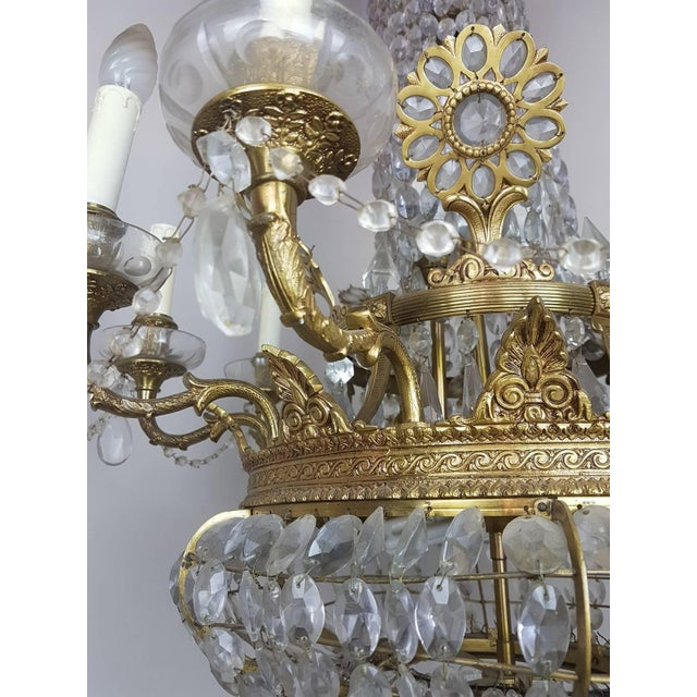 19th Century French Empire Style Gilded Bronze and Crystals Chandelier For Sale - Image 4 of 10