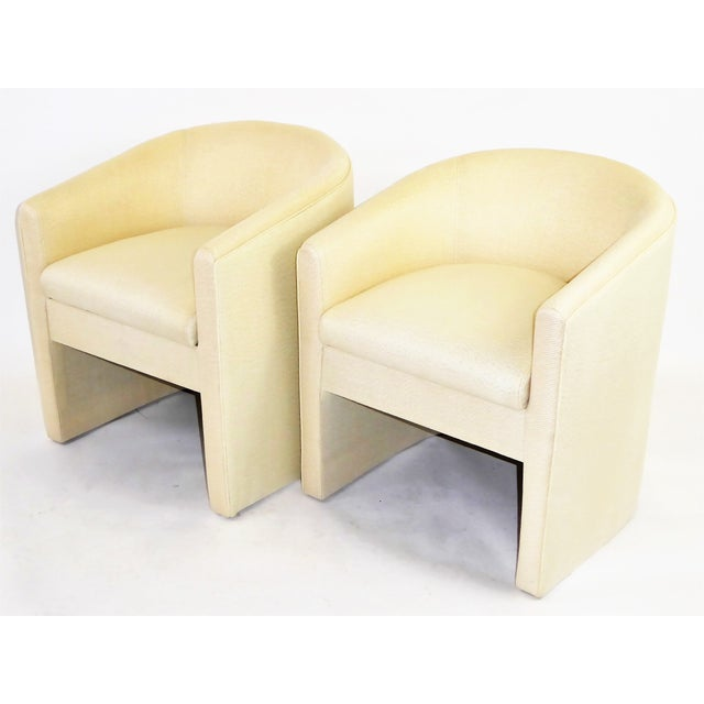 Pair of Barrel Back Tub Chairs in White and Gold Weave Fabric, 1960s For Sale - Image 12 of 13