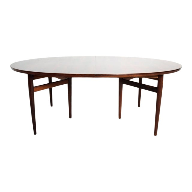 Mid-Century Danish Modern Rosewood Oval Dining Table by Arne Vodder for Sibast For Sale