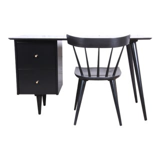 1950s Paul McCobb Planner Group Mid-Century Modern Black Lacquered Desk and Chair, Newly Restored - a Pair For Sale