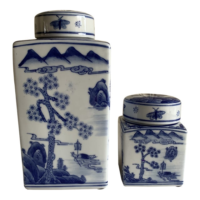 Asian Chinoiserie Blue & White Ceramic Canisters, Set of Two For Sale