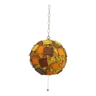 Mid-Century Modern Round Hanging Chain Resin Pendant Lamp For Sale