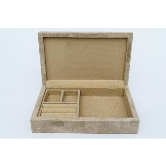 Modern 1980s Jewelry Box in Tessellated Marble For Sale - Image 3 of 9