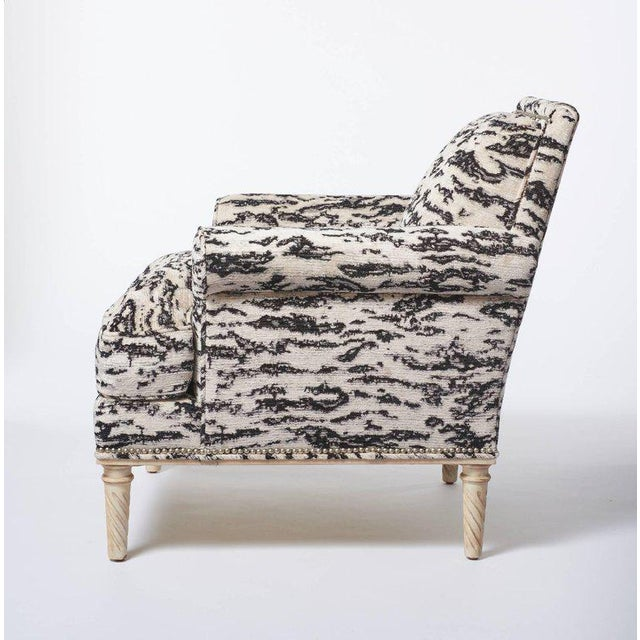 Contemporary Schumacher Jansen Serengeti Tigre Blanc Chenille Maplewood-Legged Sock Arm Chair For Sale - Image 3 of 6
