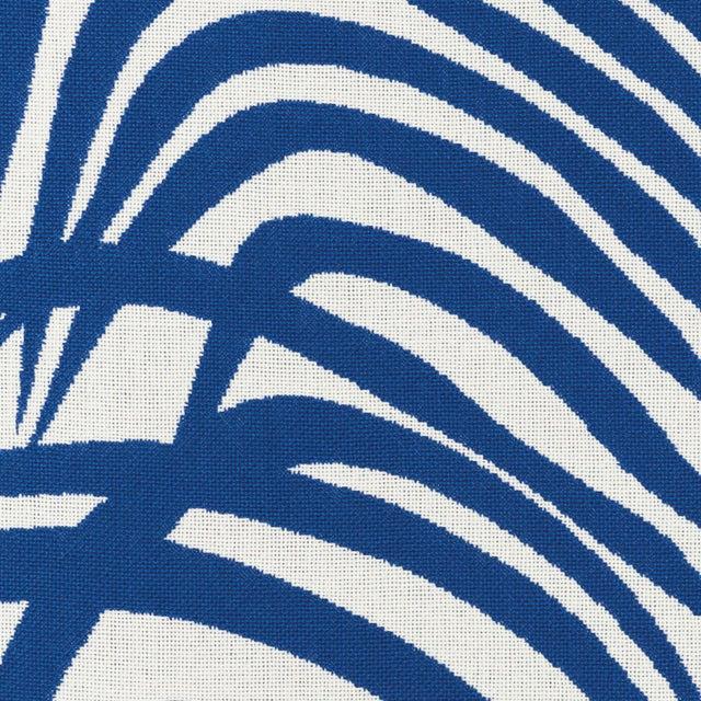 Contemporary Schumacher Zebra Palm Indoor/Outdoor Fabric in Navy For Sale - Image 3 of 4