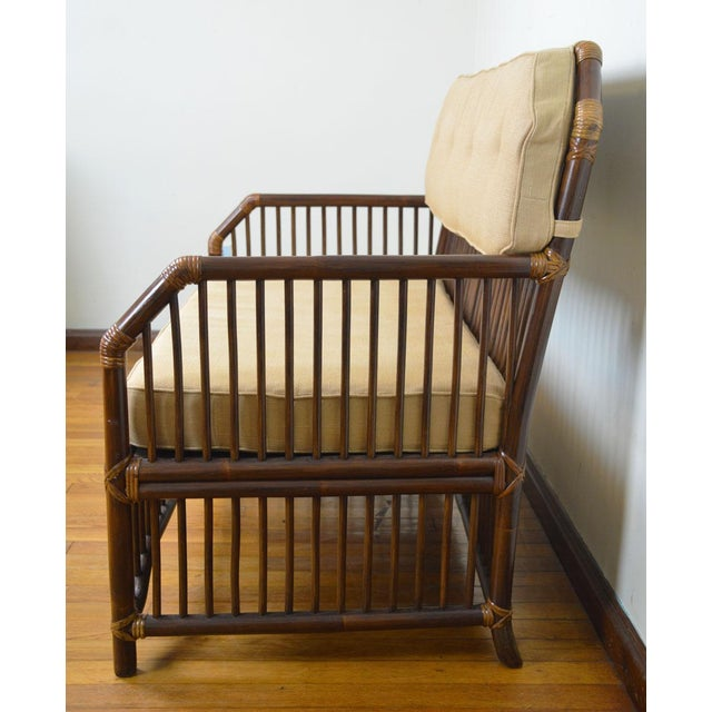Mid-Century Modern 1980s Vintage Rattan Settee in the Manner of Willow and Reed For Sale - Image 3 of 13