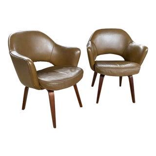 Vintage Mid Century Eero Saarinen Executive Chairs - a Pair For Sale