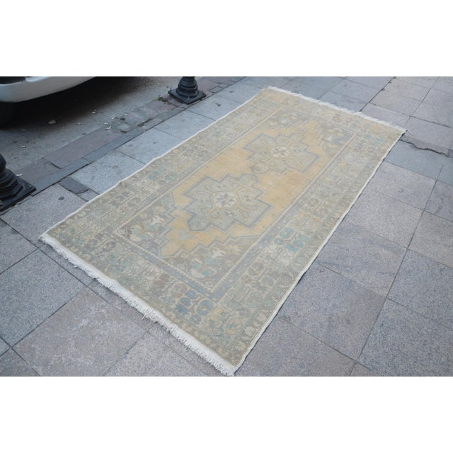 Islamic Turkish Oushak Handwoven Rug - 4′3″ × 8′2″ For Sale - Image 3 of 6