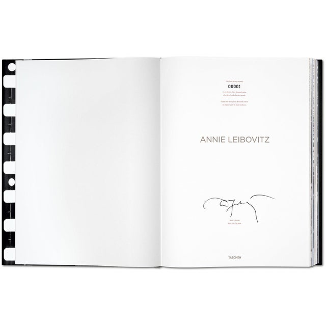TASCHEN TASCHEN Books, Autographed Annie Leibovitz Portrait Collection - David Byrne, 1986 Cover. Collector's Edition with Book Stand For Sale - Image 4 of 11