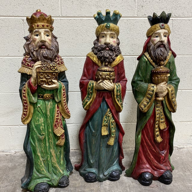 Green Large Vintage Resin 3 Wisemen Kings For Sale - Image 8 of 13