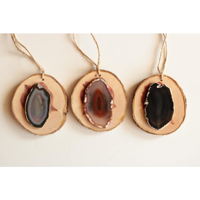 Agate and Cedar Slice Christmas Ornaments - Set of 6 For Sale - Image 4 of 8