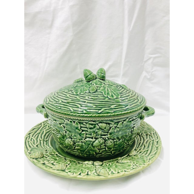 Ceramic Late 20th Century Bordallo Pinherio Acorns and Leaves Pattern Covered Tureen and Underplate. For Sale - Image 7 of 7
