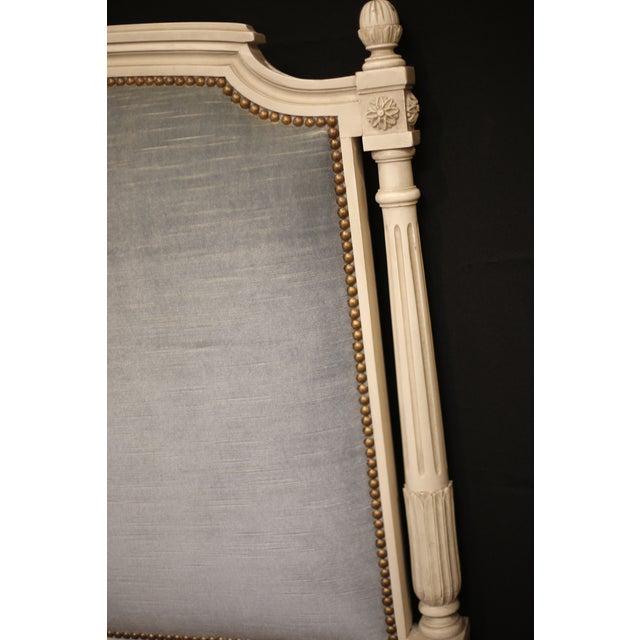 Vintage Mid Century Elegant Louis XVI Daybed For Sale - Image 4 of 5