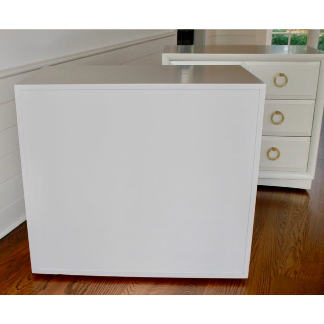 Mid-Century Modern Robsjohn Gibbings Chests of Drawers - a Pair For Sale - Image 3 of 11