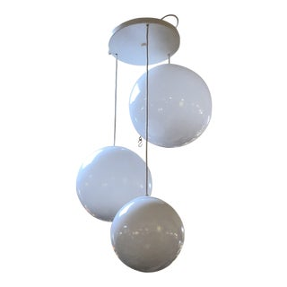 Modern Descending Glass Spheres Pendant