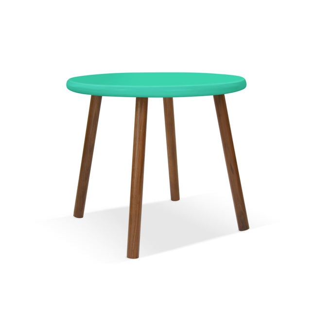 """Contemporary Peewee Large Round 30"""" Kids Table in Walnut With Mint Finish Accent For Sale - Image 3 of 3"""