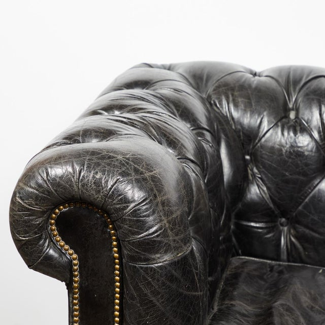 Chesterfield Oversized Tufted Armchair in Original Black Leather For Sale - Image 4 of 9