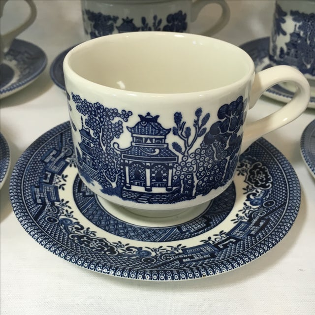 Blue Willow Teacups and Saucers - Set of 9 - Image 4 of 6