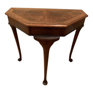1900s Queen Anne Style Three-Leg Hall Table For Sale