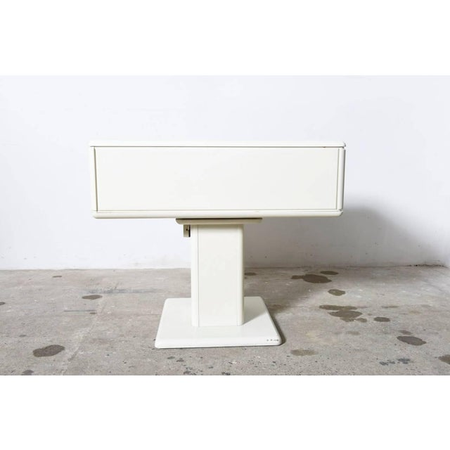 Mid-Century Modern Adjustable White Counter Display, Vanity Table, Made in Italy For Sale - Image 3 of 9