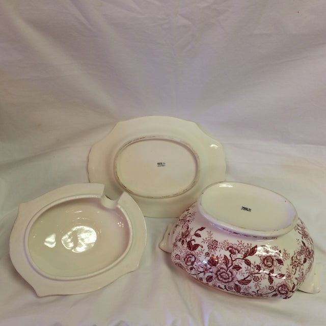English Traditional Antique English Rose Transferware Tureen With Underplate - 3 Piece Set For Sale - Image 3 of 12