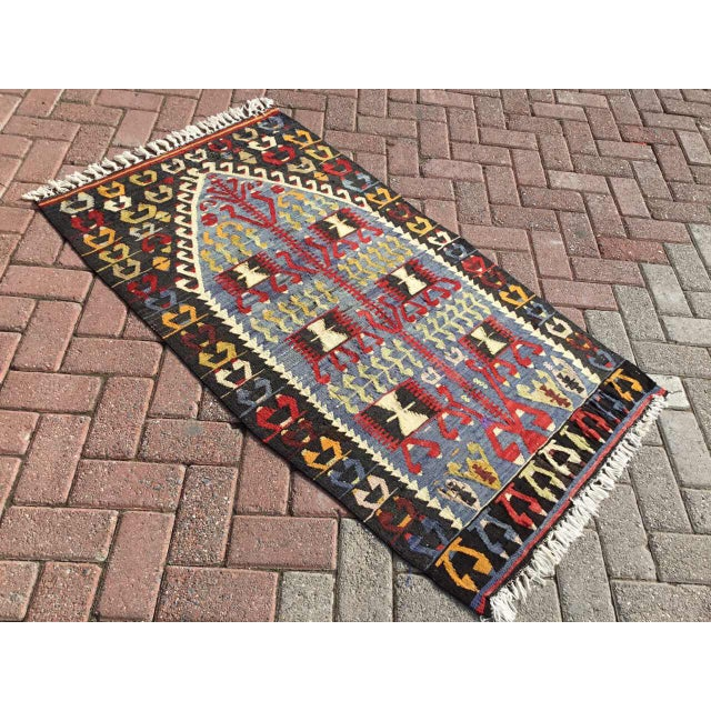Vintage Turkish Kilim Rug For Sale - Image 5 of 9
