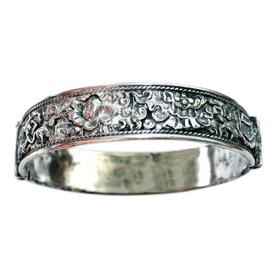 Antique Chinese Hinged Sterling Repoussé Bangle For Sale