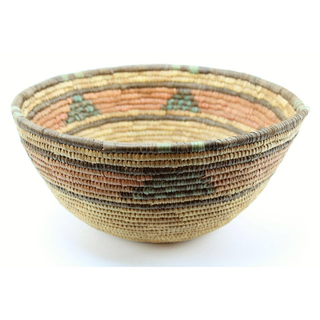 Late 20th Century 20th Century African Hand Woven Basket Bowl/Basket For Sale - Image 5 of 5