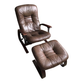 Mid-Century Westnofa Recliner and Ottoman - Made in Norway - a Pair For Sale