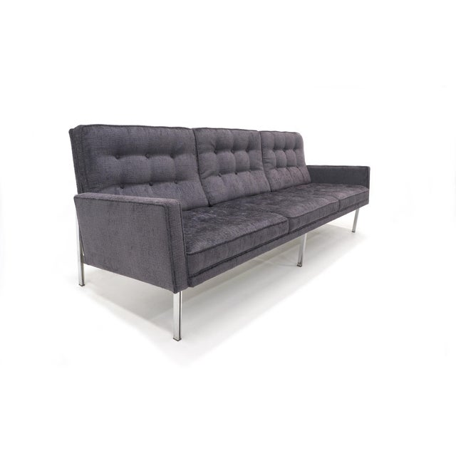 Florence Knoll Parallel Bar Sofa, Early Production, Restored, Excellent For Sale In Kansas City - Image 6 of 6