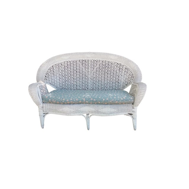 White Wicker Settee For Sale - Image 5 of 9