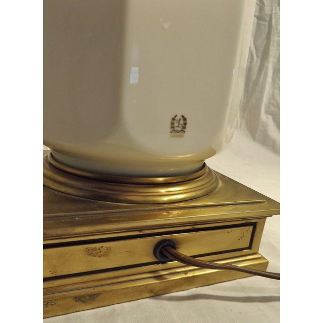 Stiffel Brass & Lenox Porcelain Table Lamp - Image 7 of 9