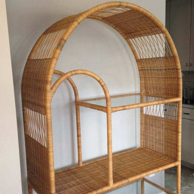Mid-Century Rattan & Glass Etagere / Bookcase - Image 6 of 8