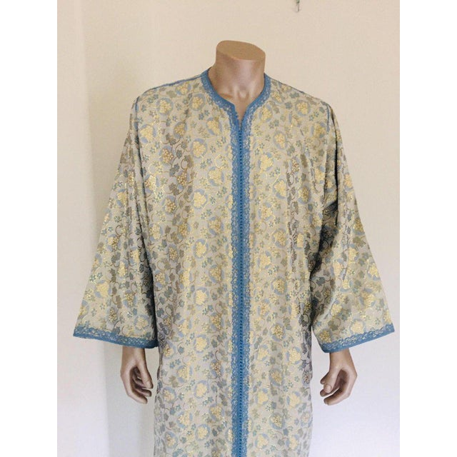 Metallic Blue and Silver Brocade 1970s Maxi Dress Caftan, Evening Gown Kaftan For Sale - Image 12 of 13