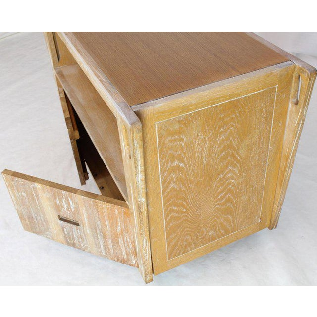 1970s Arts & Crafts Adze Cut Ceruised Oak Finish Serving Cart Bar on Wheels For Sale - Image 10 of 12