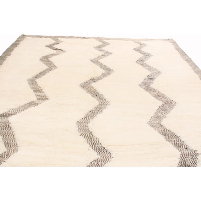 Rug & Kilim Moroccan White and Black Wool Rug With Pile - 8′7″ × 12′6″ For Sale - Image 4 of 6