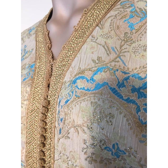 Moroccan Turquoise and Gold Brocade Kaftan Size Medium For Sale In Los Angeles - Image 6 of 9