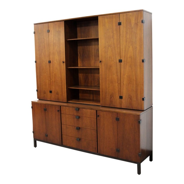 Mid-Century Modern Merton Gershun for Dillingham Walnut Credenza and Hutch, 60's For Sale