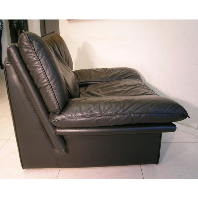 Nicoletti Salotti Italian Mid Century Modern Black Leather Lounge Chair For Sale - Image 10 of 13