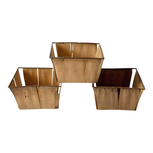 1950s Boho Chic Metal Berry Baskets - Set of 3 For Sale