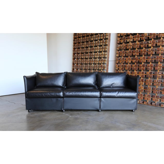 1980s Vintage Leather Landeau Sofa by Mario Bellini for Cassina For Sale - Image 12 of 12