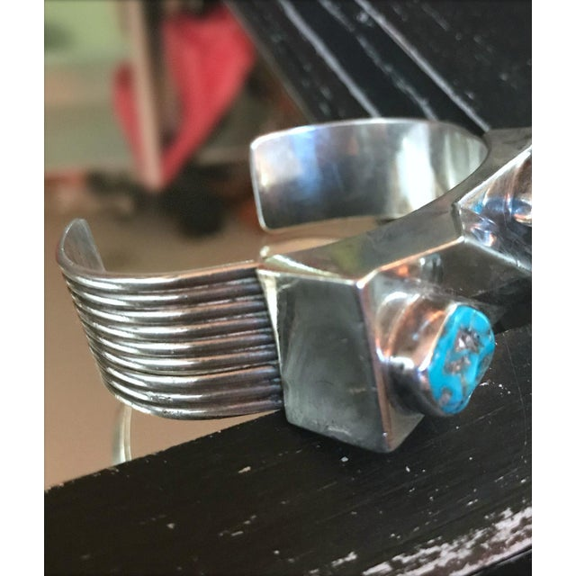 Navajo 1970s Navajo Style Scott Dave Navajo Silver Turquoise Cuff Bracelet For Sale - Image 3 of 7