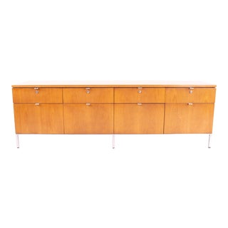 1960s Vintage Florence Knoll Style Walnut Credenza For Sale